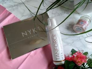 NYK1 Tan Force fake tan and Megamitt tanning mitt