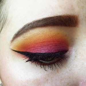 tips and tricks for perfect winged eyeliner