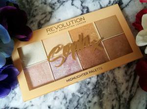 Soph x Makeup Revolution Highlighter Palette