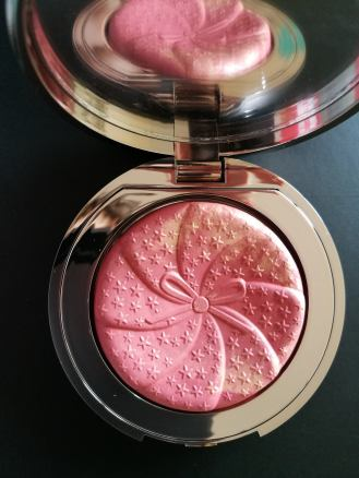 Ciaté London 'Glow-to Illuminating Blush' in 'Matchmaker'